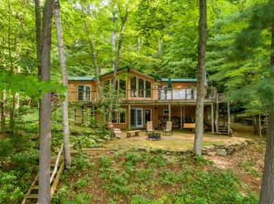 Main picture for listing #512 - SI SI SOUTHWEST ON LAKE OF BAYS